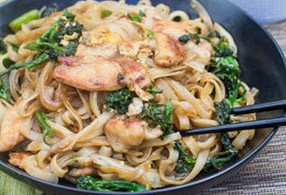 Sesame-Noodles-with-Simply-SUFI-Chicken-Poppers